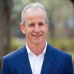 Dr David Hughes - AIS